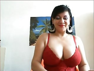 Mature Big Breast Play on Webcam