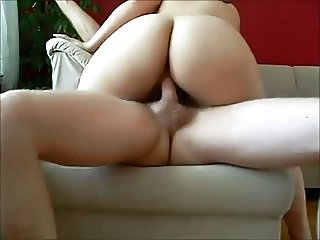 Amateur booty milf creampied