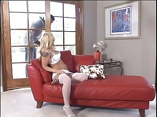 Blonde mom gets rammed at the sofa