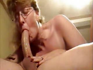 Mature Wife Gives Deepthroat Blow Job