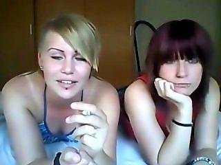 smoking sisters