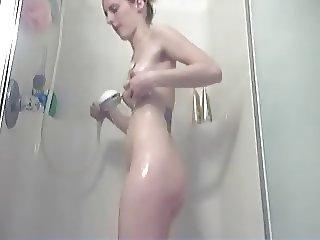Cutie showers