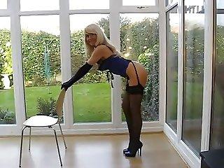 Bionda di YouTube in Sexy Lingerie
