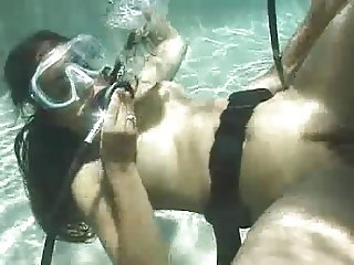 Divers Fucking In A Pool - Part 2