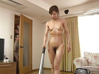 Muscular Housewife 2of4 ng89
