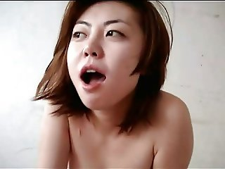 China beautiful little girl eating cock