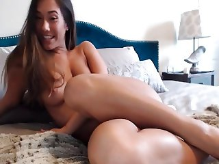 Horny girlfriend masturbates for her fans