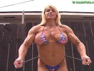 Nikki Fuller