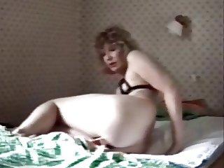 Great mom masturbation caught by hidden cam