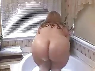 Mommy In The Bath