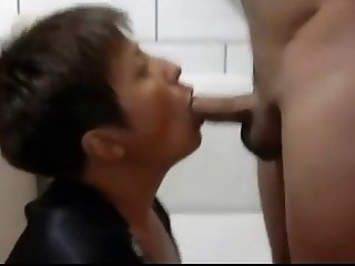 MILF Head #100 Married UK Mom cheating with a Swedish Guy