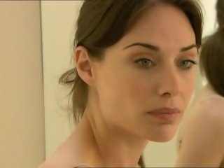 Claire Forlani nue - The diplomat
