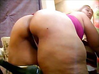 Mature Latina - Big Pussy & Thunder Ass