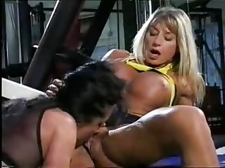 Bodybuilding Milf gets with Babe in the Gym