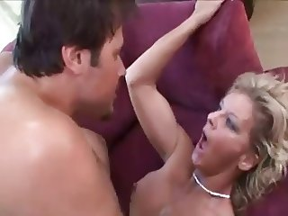 Mind-blowing Sensual Fuck with Stunning MILF