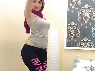 Sexy arab muslim dancing in Hijab
