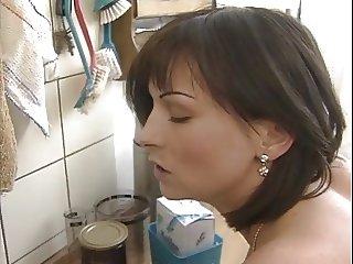 Quip fuck in the kitchen
