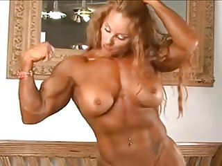 Muscle woman Lindsay