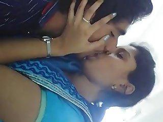 Desi Kiss