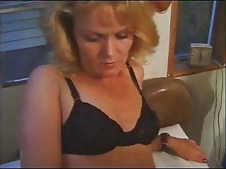 Amateur Blonde MILF Cherri Fucking