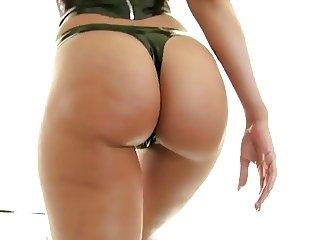 Rachel Starr Incredible Ass-Bubble Butt