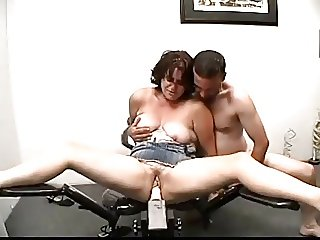Amateur Couple Has Fun With Fucking Machine