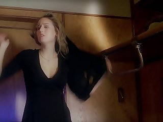Leelee Sobieski - Night Train