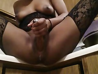 Horny Ebony Fucking Herself And Squirting In The Kitchen