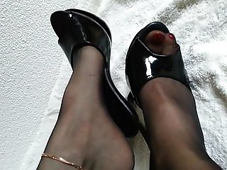 nylon feet and high heels