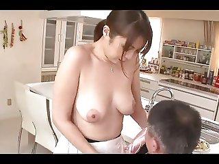 Hitomi Araki - Beautiful Japanese Girl