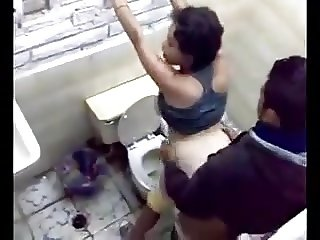sex in public toilet