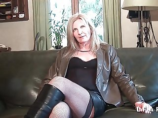Mature cougar francaise se fait demonter le cul