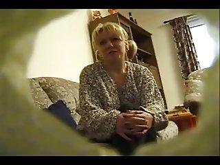 TANYA - BRITISH HOUSEWIFE