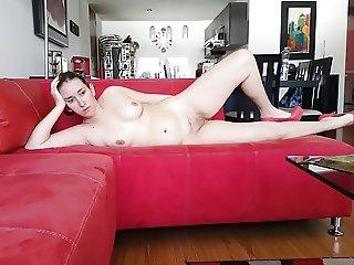 SEXY DEBBORAH DAVIS COMPLETELY NAKED. DEBBIE DESNUDA