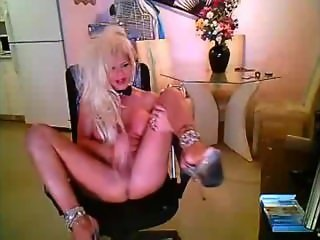 Makeup Plastered Essex Blonde Shemale Wanking In Heels