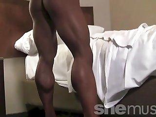 Tan Muscle Goddess Katka Kyptova Posing