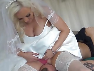 wedding night-smothering