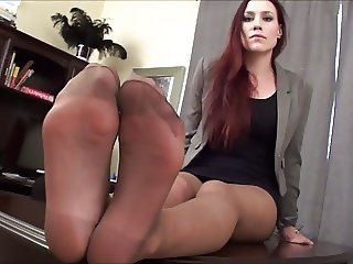 Jerk off to my Pantyhose Feet or go to Jail