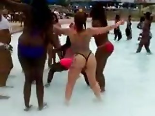 Azz Everywhere at the Pool