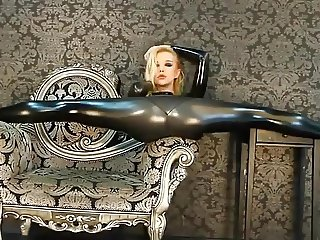 latex flexible slut
