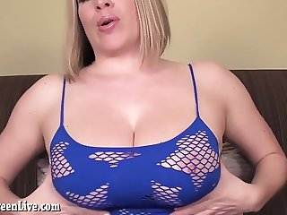 Maggie Green Takes You Home From Club For BJ!