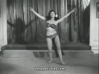 Sensitive Dance of one Cute Minx (1950s Vintage)
