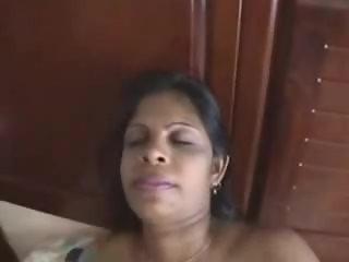 Mature Desi Indian Milf From freeporncamz.com Masturbates On Her Bed