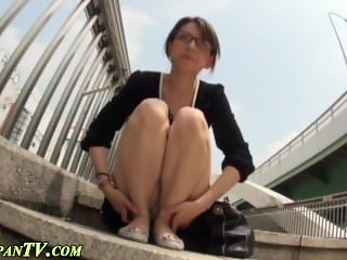 Upskirt asians pissing