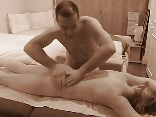 Sensual Erotic Sexy Tantric Massage For Women