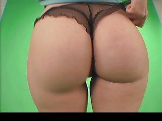 Hot ass girl dancing