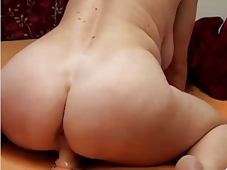 My Favorite Camgirl (part 3)
