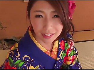 Ayumi Shinoda - Beautiful Japanese KIMONO Lady
