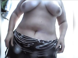 Mature BBW on hidden camera in beach cabin