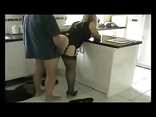 Scopare in cucina